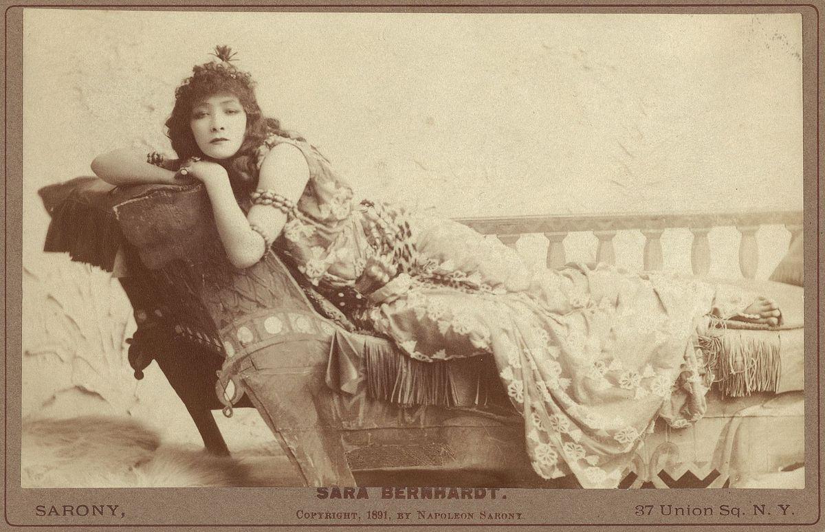 Anna Bernhardt sarah bernhardt - sandburg's hometown -barbara schock